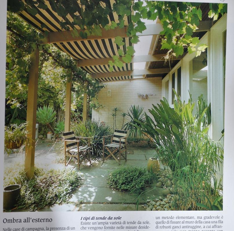 034 arredare country vol1 tende da sole giardini for Foto case con giardino