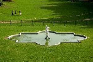 Desio_Villa-Tittoni_fontana_111213055644